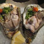 海物 - 岩牡蠣