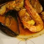ポルポ - 魚介類たっぷりのトマト煮込み