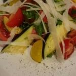 ポルポ - 季節のサラダは水茄子のサラダ