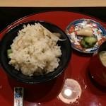 50589372 - 新牛蒡 土鍋ご飯