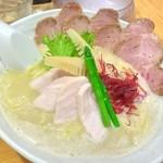 銀座 篝 - 鶏白湯 大盛 チャーシュートッピング