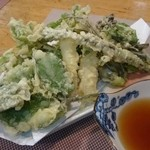 桂寿し - 山菜天ぷら盛り合わせ