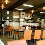 市民会館食堂 - いい感じに懐かしい。