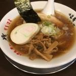 50592369 - 醤油ラーメン(28.4)