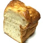 ブランジェ浅野屋 - はちみつバターのりんごブレッドハーフ