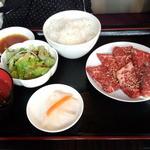 焼肉ドラゴ - ランチカルビ定食(R)(850円)