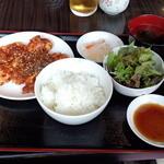 焼肉ドラゴ - ホルモンミックス定食(M)(1300円)