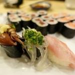 千寿司 - ホタルイカ、白魚、金目鯛