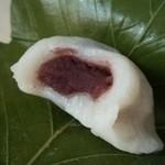 松楽菓子司 - 優しい甘さのこし餡です