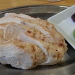 源七商店 - 鶏炭火焼からささみ(皿盛り)420円