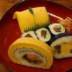 Hachiku - 茶巾、太巻き2種、さばしそ巻き \1,250