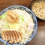 麺屋 武士道 - ドカ盛野菜ラーメン+ヤサイお勧めニンニク増し