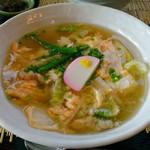 和吉 - 卵とじ野菜魚醤温麺