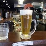 ガンコンヌードル - まずはビール