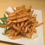 炭火 酒蔵 喜多 - 自家製スパイスのポテトフライ