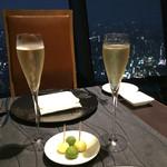 Sky Restaurant 634 - シャンパン(ボネール・ブリュット 634ラベル)