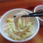 天下GO!麺 - おなじみの麺の固さです。つけ汁はいりこ出汁?