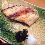 50630757 - 銀だらの西京焼(お皿が大きいので小さく見えますがなかなかのボリュームがありました。)