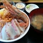 50632968 - 羽幌丼