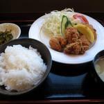 麺家 ふくふく - 料理写真:からあげ定食¥680