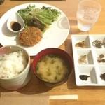 サン・オリーブ - オリーブ牛メンチカツの定食 @900円
