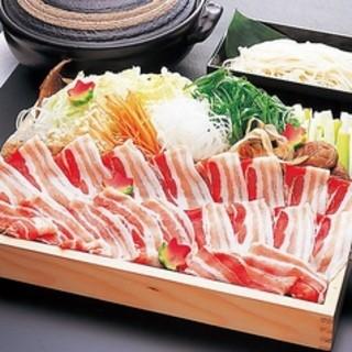 忘年会・新年会には麹蔵の絶品名物鍋4種類をご堪能ください!