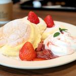 ELK NEW YORK BRUNCH - 季節の国産フルーツパンケーキ (1490円) '16 5月上旬