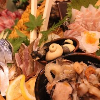 姪浜魚市から直送の新鮮な鮮魚のお刺身をご堪能ください♪