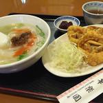Karakuen - Eランチ 900円