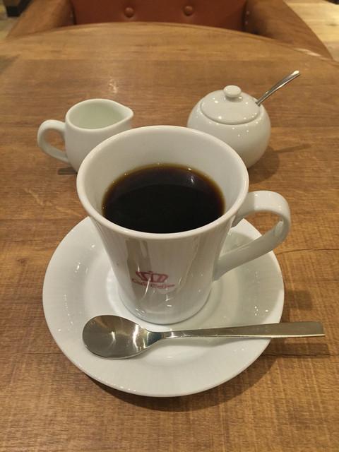 オスロ コーヒー 白金台店 - QUEEN HOT(500円)
