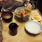 食事処 熱海 祇園 - 天丼の定食。結構お腹にたまったみたい。
