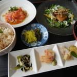 大阪屋 - 料理写真:花(ランチメニュー) 1,200円