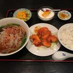 遊福亭 - 料理写真:エビチリ定食。