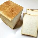 50685623 - ホワイト食パン 1.5斤 をスライス