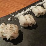 きんぎょ - 福岡の穴子炙りと長崎の泳ぎ鯖(ごま鯖)2