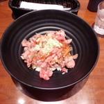 50691627 - 究極のローストビーフ丼並盛\980(税別)