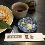 蕎麦割烹 黒帯 - 出汁と薬味