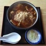 きそば 札幌 小がね - カレー蕎麦、お蕎麦は細めでカレーとお出汁加減が丁度良いです。