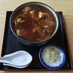 きそば 札幌 小がね - カレー蕎麦、750円です。最後まで熱々です。