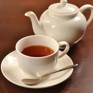 ◆紅茶ソムリエが世界中の紅茶の中から選び抜いた3種を御用意