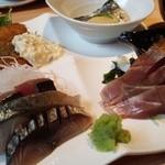 すし・魚処 のへそ - 日替り定食☆☆ お刺身もぶ厚い~