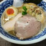 50701021 - 鶏白湯   生醤油 750円