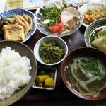 あじゅまや - 料理写真:日替わり定食780円