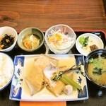 Keinohamanosato - 煮魚定食 900円