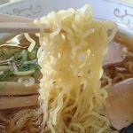 安比丸大食堂 - 麺アップ