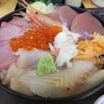 50711980 - 海鮮丼(越後の6種盛り) 税込¥990