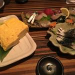 50715235 - 出し巻き卵、お刺身、シメサバ