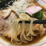 武者麺 新大阪店 - 中華そば(あっさり) 麺アップ