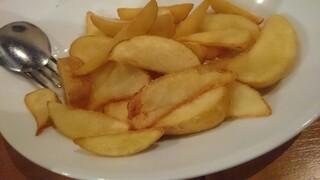 ビストロペイザンヌ - ポテトフライ、白トリュフ塩