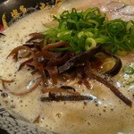 博多 一幸舎 - 泡立つスープ♪♪